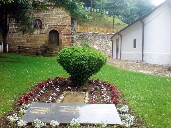 manastir-sveti-roman-basta-razanj-razanjke